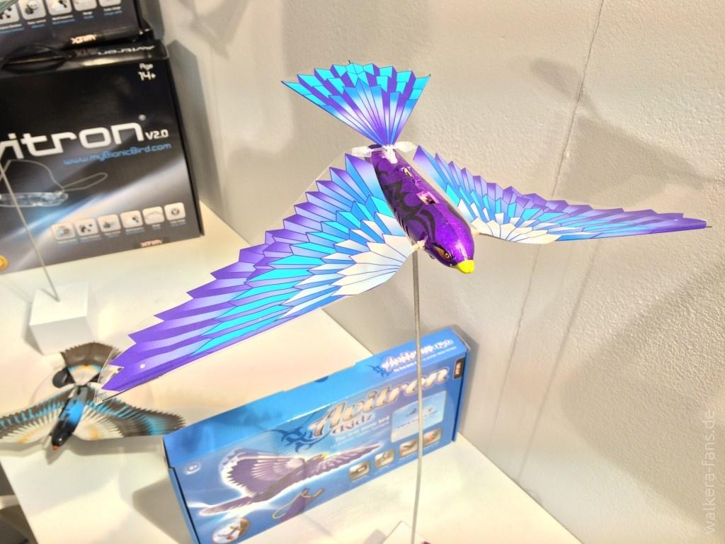 Avitron-Bionic-Bird-Spielwarenmesse-Nuernberg-2015-IMG_3960
